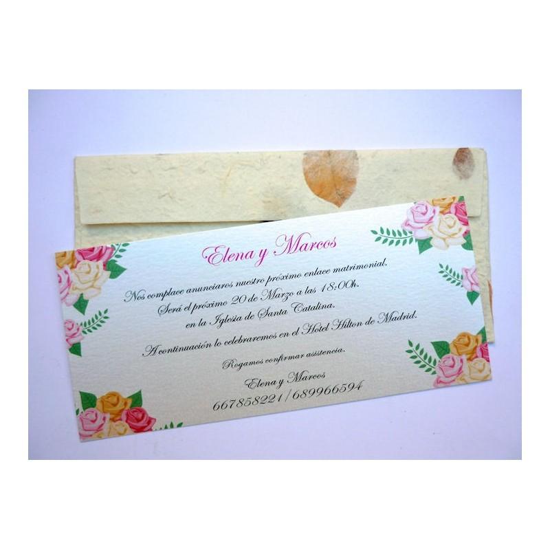 invitacin de boda con sobre artesanal con ptalos de rosa