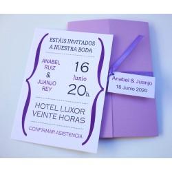 Invitación tríptico lila